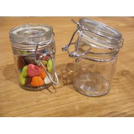 10 pots en verre avec une fermeture métal
